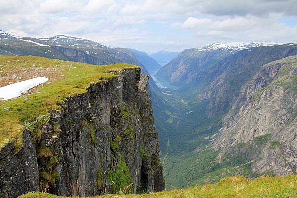 Blick in des Simadal und zum Eidfjord vom Storhaugen