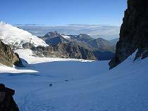 Blick vom Col de l'Eveque über den Glacier du Mont Collon zum Aiguilles Rouges d'Arolla
