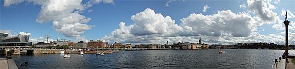 Blick nach Riddarholmen vom Stadshus aus