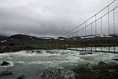 Brücke über den Guhkesvákkjåhkå