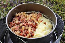 Kartoffelpuree mit Sauerkraut und Kassler