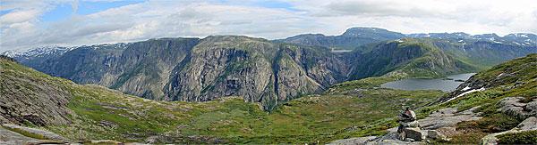 Blick zum Skytjedalsvatnet, Rembesdalsvatnet und Simadalen