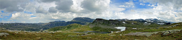 Torkjelshøgda und Hardangerjøkulen im Hintergrund