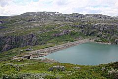 Staumauer des Rembesdalsvatnet