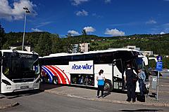 NOR-WAY-Bus beim Zwischenstop