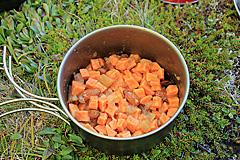 Süßkartoffel mit Apfelmus, Zimt und Mandeln