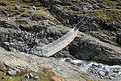 Sommerbrücke über den Tjønnholåe