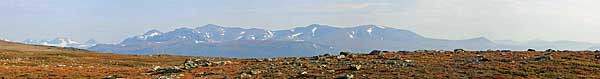 Blick zum Pårte-Massiv vom Vállevárre